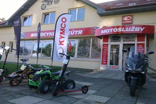 Prodejna Motoslužby Chrudim obr.01