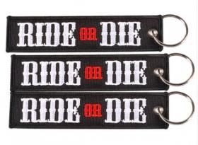 klíčenka textilní Ride or Die černá