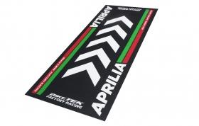 koberec pod motorku Aprilia